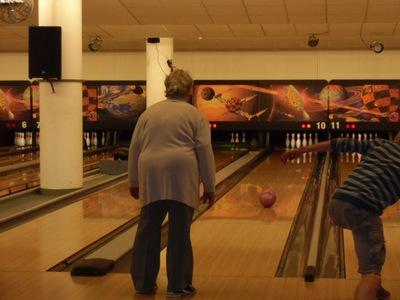 Handarbeits-Kurs beim Bowling