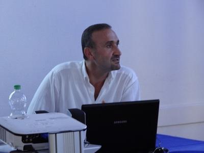 Dr. Mustafa Acar