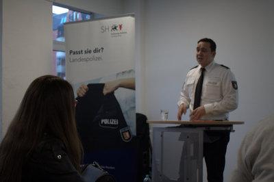 Bilgilendirme Toplantısı AIM POLİSLİK Mesleği