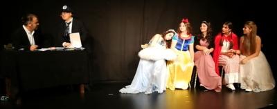 Theateraufführung 4
